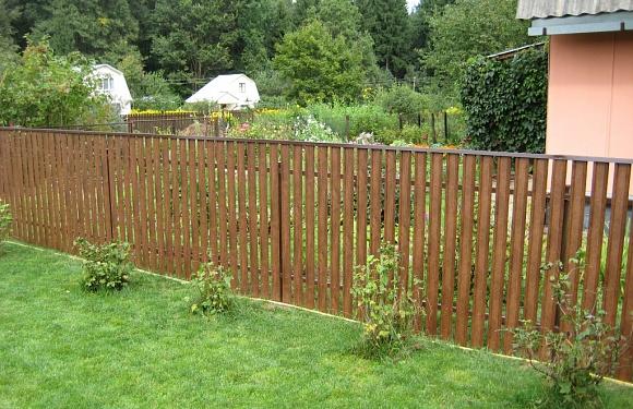 Забор из металлоштакетника с покрытием Printech (под натуральное дерево)